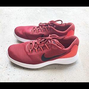 Nike Lunar Converge Sneakers